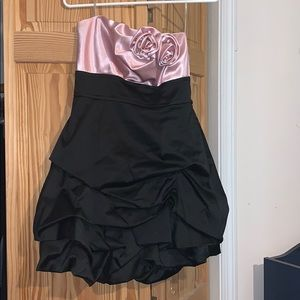 Juniors pink and black homecoming/prom dress